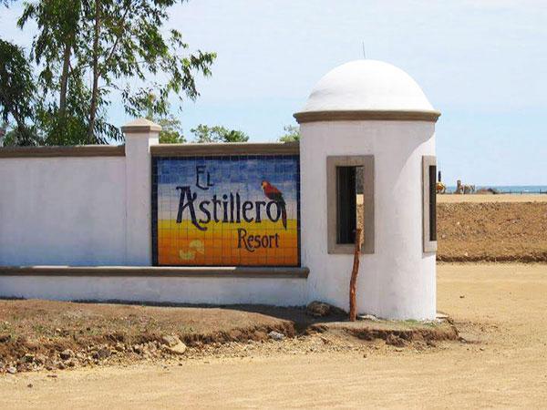 El Astillero Resort - Calvet & Associates