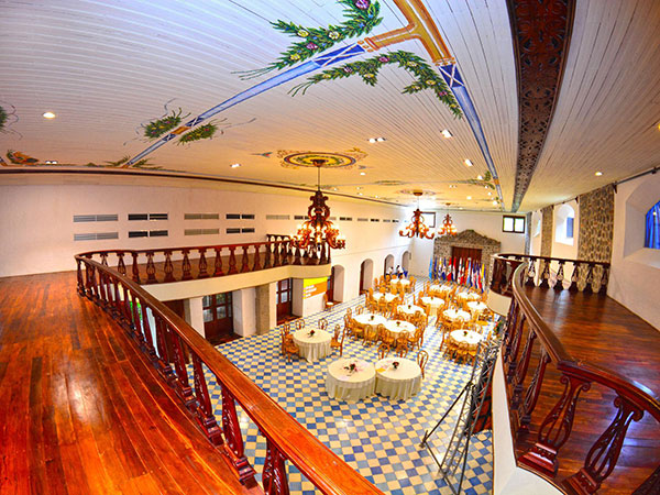Hotel Granada - Calvet & Associates